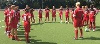 U15 sagt DANKE für neues Trainingsoutfit